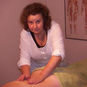 Lotta Pettersson, massageterapeut och yogamassör